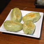 PAIRON - セロリ餃子 焼き