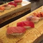 宇佐美 - 料理写真:高砂小学校裏の鮨屋。雰囲気いいな。
