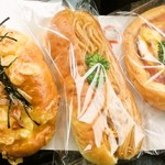 53349593 - チーズマヨおかかクッペ、ナポリタンパン、ハムエッグパン