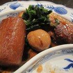 うまいもの市場 TAPA - ランチメインの「豚の角煮」アップ。
