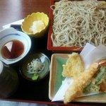 金木庵 - 料理写真:天付きセイロそば(¥1300)