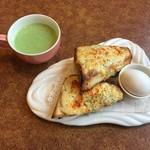 びっくりドンキー - 料理写真:チーズトーストセット、429円です。