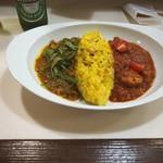 カレーの店シャリデス - トマトチキン