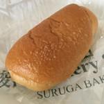 駿河ベーカリー&カフェ - 料理写真:塩パン