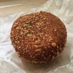 駿河ベーカリー&カフェ - ビーフカレーパン