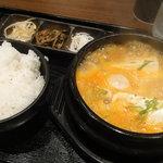 韓韓市場 - あさりスンドゥブセット