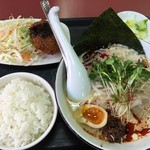 53361676 - Aランチ 白ゴマ坦々麺 918円