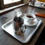 53368339 - コーヒー(ブルンディ)
