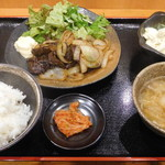 諭吉屋 - 料理写真:焼肉定食