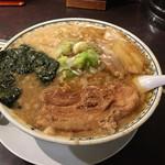 東京豚骨拉麺ばんから - 角煮ラーメン大盛り