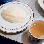 グリル&洋食 アガペ - ライスとスープ