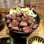 佰食屋 すき焼き専科 - 国産牛サイコロステーキ