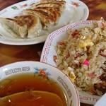 中華ラーメン一平 - 料理写真: