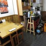橋本屋 - テーブル席