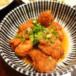 ペギィ・スゥ - 鶏カラアゲおろしポン酢