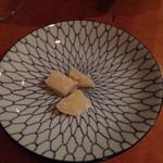 チクロ パノラマ キッチン - サービスのチーズ。半分くらい頂いた後の写真です。