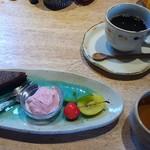 清澄の里 粟 - ケーキセット 780円