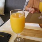 53400058 - フレッシュオレンジジュース