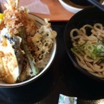 てんこもり - 料理写真:うどんセット730円(税抜)