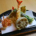 天ぷら うらかみ - 天ぷら盛合せ