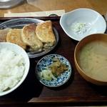 53406645 - 「大粒餃子定食」990円