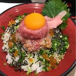 小田原港 わらべ - 特上漁師丼