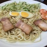53408082 - 《呉冷麺・大》800円                       2016/7/11