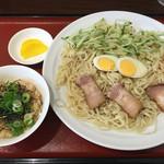53408085 - 《呉冷麺・大》800円                       《定食》250円                       2016/7/11