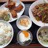 都府 - 料理写真:ニラレバ定食=980円 メニューにはナシ