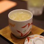 アジアンキッチン 媽媽や - フカヒレ茶碗蒸し