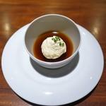 エニェ - マルティーニのジュレとペドロヒメネス風味のクリームチーズ