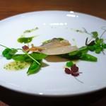 エニェ - 白貝と季節の豆類のサラダ仕立て