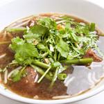 ガオ・ラオ・ムー(豚肉と野菜の煮込みスープ)