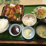 吉珍保斗 - 料理写真:エビフライ大盛り定食