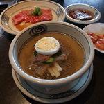 草の家 - 冷麺もついて950円