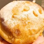 リヨンセレブ - 2016 コーンパン