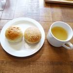 CAFE RESTAURANT VICTORIA - パンとスープ