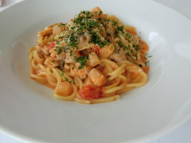 あさりのトマトクリームスパゲティ