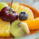 53432248 - 甜品(あまきもの)、藍莓(ぶるべり)
