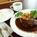 コーヒーショップ息吹樹 - 料理写真:2016年5月 ハンバーグセット【1000円】