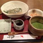 太郎茶屋 鎌倉 - 冷やしわらび餅、抹茶付き