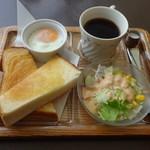 喫茶エル - 料理写真:モーニングBセット550円(税込)