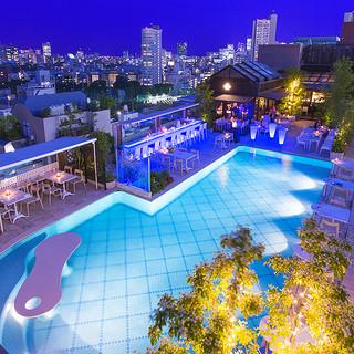 宝石のような夜景に包まれる、地上34mの天空のレストラン!