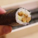 三寿司 - 納豆巻き