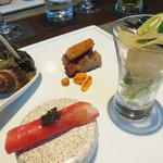 星期菜ヌードル&シノワ - 夏の冷製盛り合わせ。       イサキのマリネ・ばい貝の磯風味のゼリー寄せ・皮付き窯焼きチャーシュー・くらげの紅芯大根巻き。