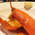 星期菜ヌードル&シノワ - 活オマールエビのチャイニーズビスク。       身とソースを味わうと、ホントに新鮮なものを使ってあることがよく分かります。