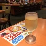 デニーズ - グラスワイン 302円(2016.07)