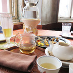 露伴茶館 - 広島市の繁華街にある、中国茶専門のカフェです。