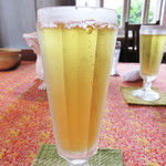 露伴茶館 - 暑い日だったので、まずは、冷たい水出し凍頂烏龍茶。
