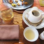 露伴茶館 - 温かいお茶も頂きます。